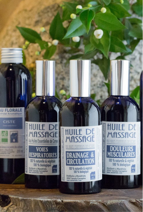 Huiles essentielles, hydrolats et huiles de massages